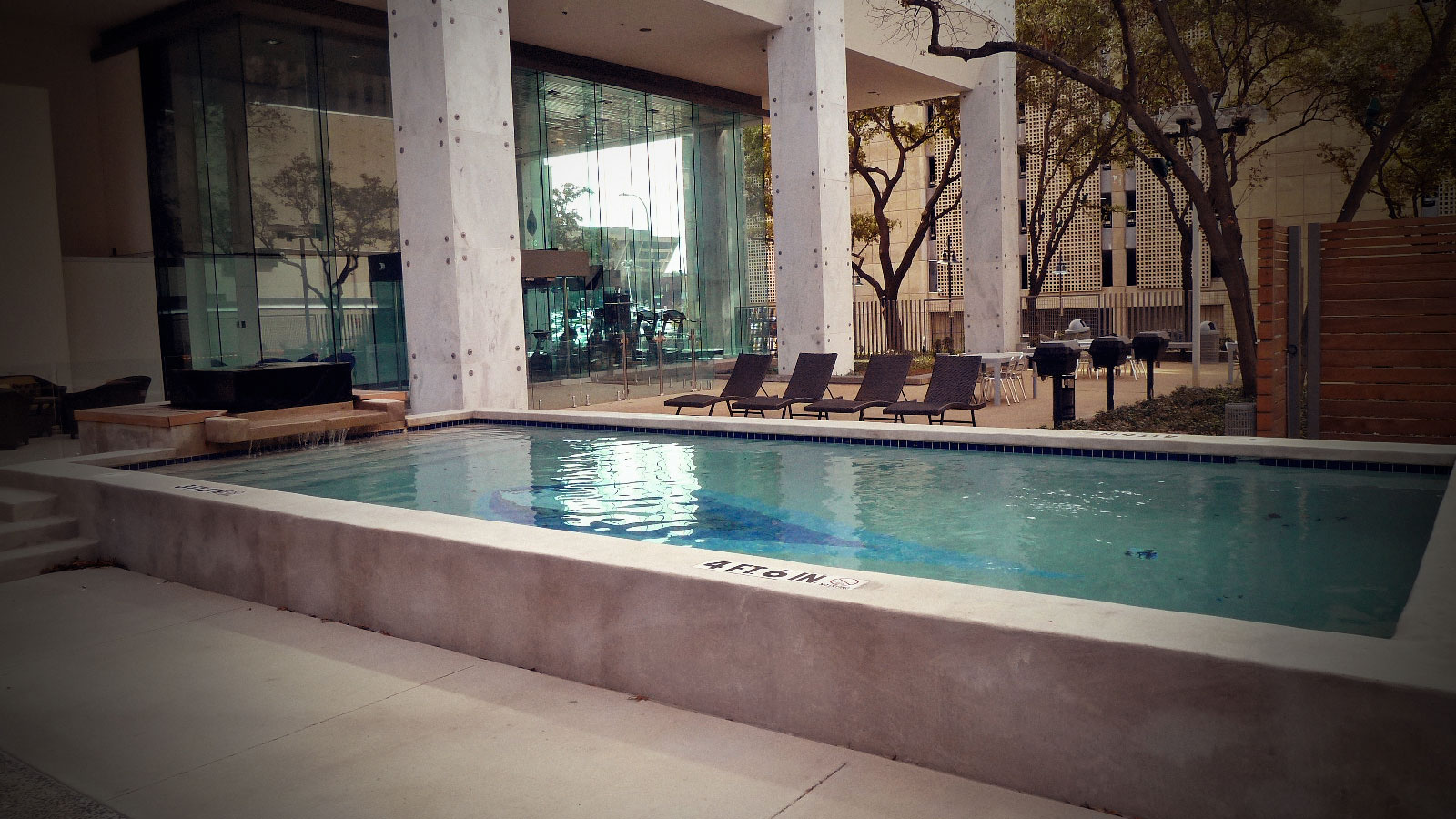 Lsg lofts affordable living in downtown dallas tx for Affordable pools dfw